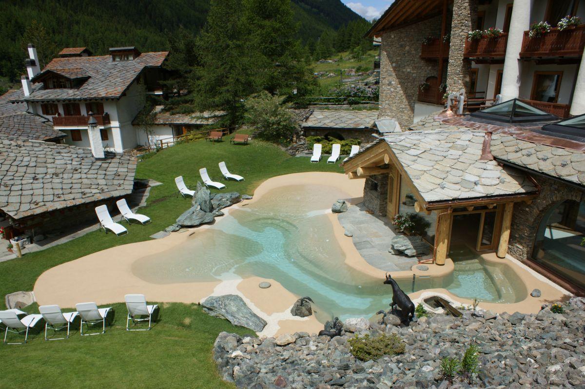 Hotel notre maison cogne valle d 39 aosta for Arredo bagno valle d aosta