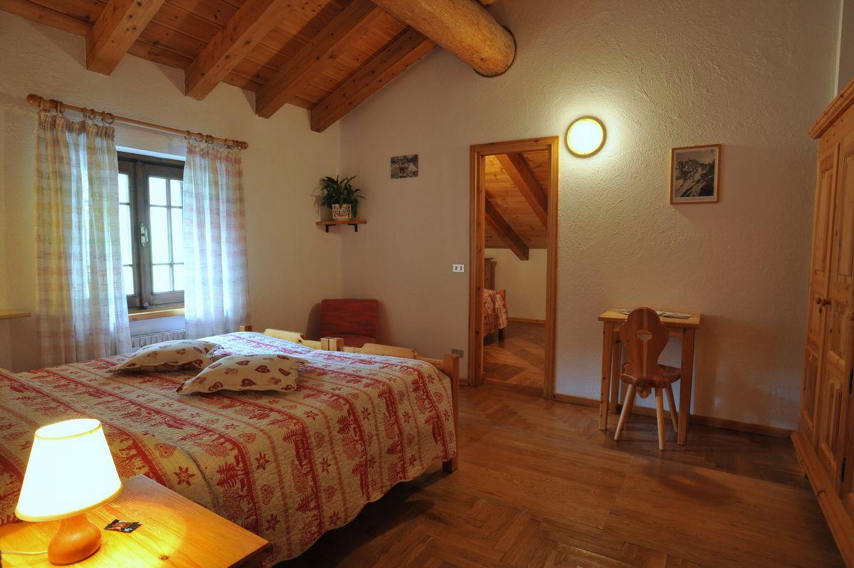 Meubl lou tsantelet cogne valle d 39 aosta for Hotel meuble oasi