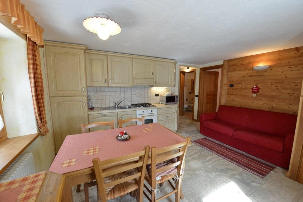 coeur de bois cogne aosta valley. Black Bedroom Furniture Sets. Home Design Ideas