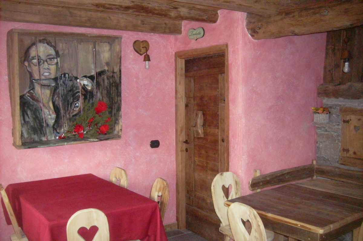 Restaurant of La Ferme du Grand Paradis farmhouse in Cogne