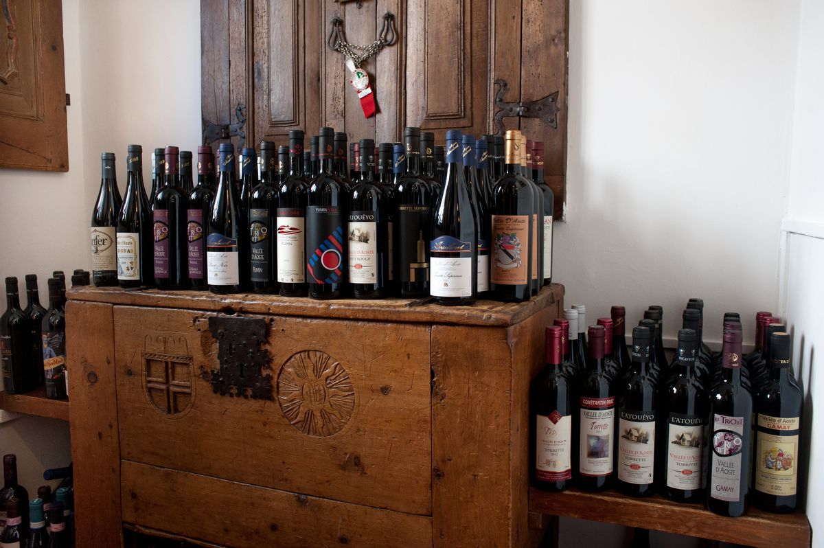 Wines of Lou Ressignon restaurant in Cogne