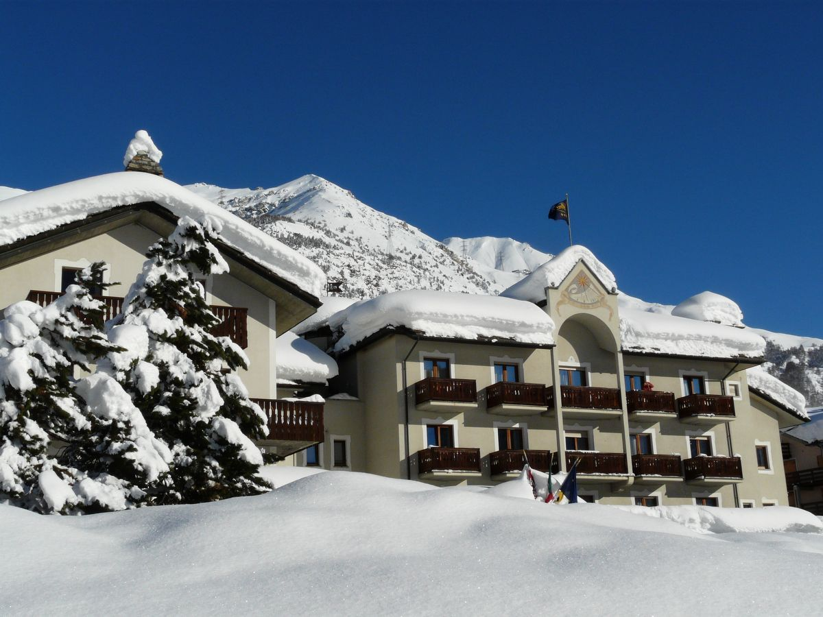 Hotel Miramonti in Cogne in winter