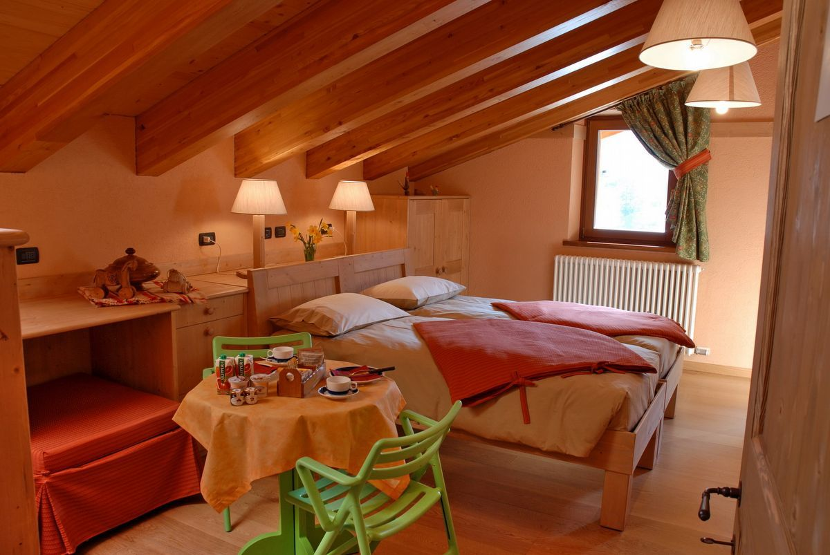 A room at the Lou Ressignon Guest House in Cogne