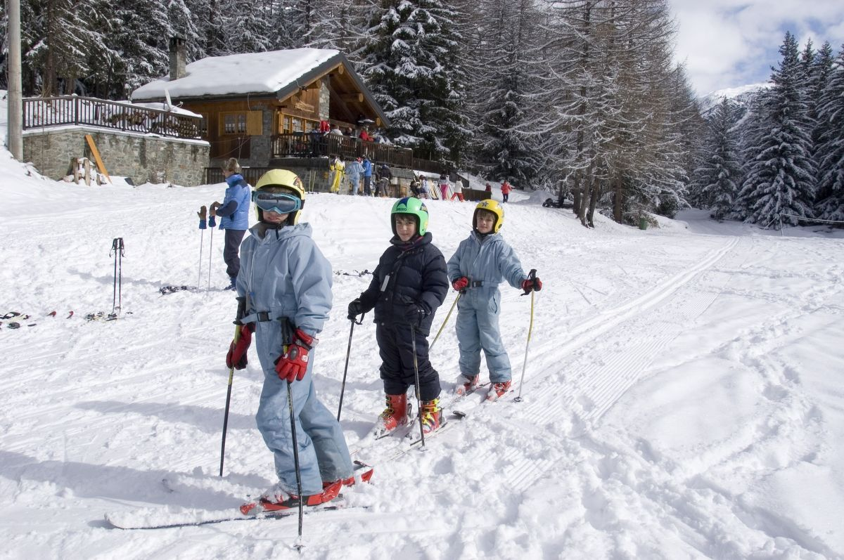Downhill Skiing in Cogne - Aosta Valley