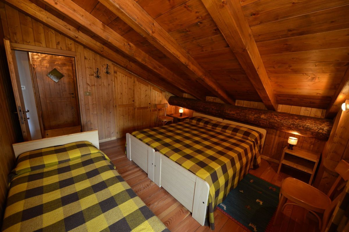 A bedroom in apartment Cirmolo in Cogne