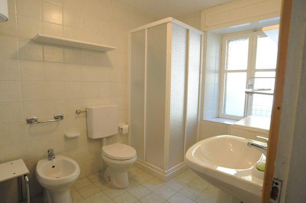 Bathroom in apartment Genziana in Cretaz