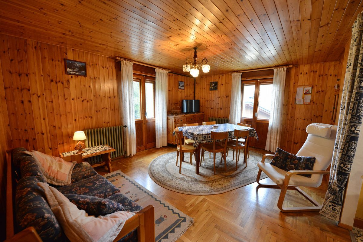 Living area in apartment Rododendro in Cogne