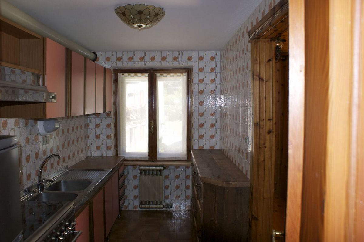 Kitchen of the apartment Bardoney in Cogne