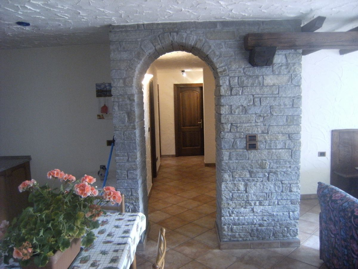 Entrance of the apartment Casa Savin in Cogne