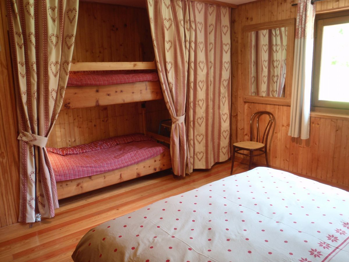 Bedroom in apartment Kalhua in Cogne