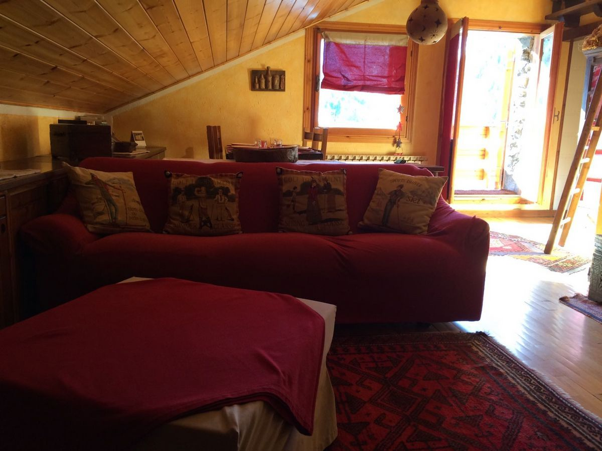 Living room of the apartment Charme in Cogne